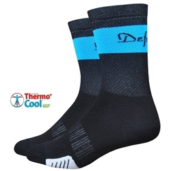 Image: DEFEET CYCLISMO 5 INCH SOCKS BLACK / PROCESS SMALL (36-39.5 EU)