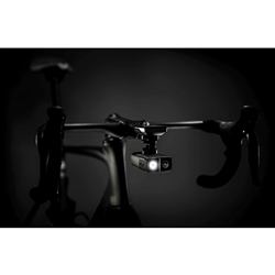 Image: CYCLIQ FLY12 CE CAMERA AND FRONT LIGHT